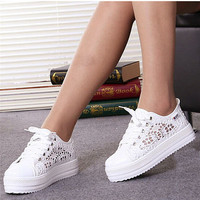 2017 Summer Women Shoes Casual Cutouts Lace Canvas Shoes Hollow Floral Breathable Platform Flat Shoe White Black 23-25.5cm