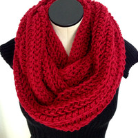 READY TO SHIP. Valentine Crochet Infinity scarf. Red Infinity Crochet Scarf.