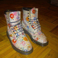 Doctor Martens Floral Vintage Boot by Sxerafina on Etsy