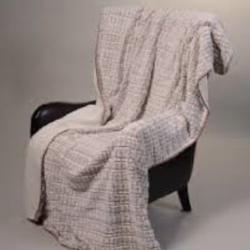 Mink and Sherpa Luxurious Blanket - Tawny Fox