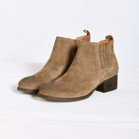 Jeffrey Campbell Warr Ankle Boot - Urban Outfitters