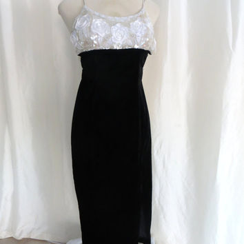 Vintage 80s evening gown formal dress  XS S beaded sequin long cocktail dress sexy white black velvet spaghetti strap Jessica Mcclintock