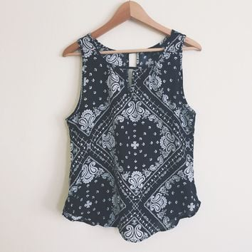 Hazel Black Paisley Top