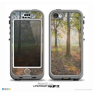 The Vivia Colored Sunny Forrest Skin for the iPhone 5c nüüd LifeProof Case