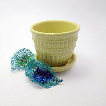 McCoy Ceramic Yellow Succulent Planter (small) - approx 1950s - modified basketweave pattern