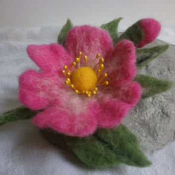 Felt brooch, felt flower dog rose, pink brooch,felt brooch flowers pin, women  jewerly, clip accessories, felt pin, flower brooch  jewellery