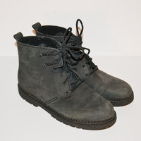 Vintage 90s Boots Gray Black Boots Ankle Boots Men's Chukka Boots GH Bass Boots 90s Grunge Boots Size 9M