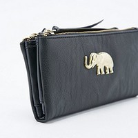 Ecote Elephant Double Zip Wallet in Black - Urban Outfitters
