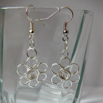 Flower Dangle Earrings, Wire Jewellery, Silver Wire Earrings, Silver Drop Earrings, Everyday Earrings