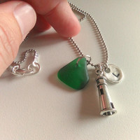 Lighthouse Charm Necklace, Personalized Initial Name Charm Necklace, Emerald Green Sea glass Necklace, Seaglass Jewelry, Beach Pendant