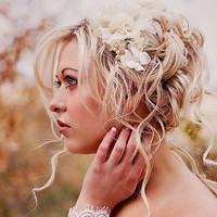 Champagne wedding hair piece - Bridal flower headpiece