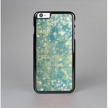 The Unfocused Green & White Drop Surface Skin-Sert for the Apple iPhone 6 Plus Skin-Sert Case