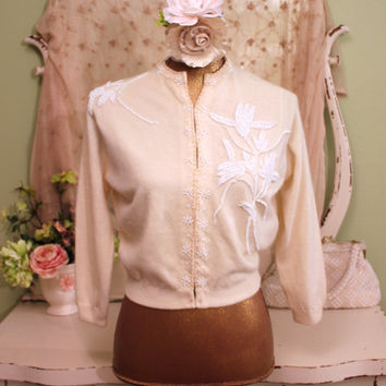 Vintage 50s Beaded Sweater   Cream Wool Sweater   1950s Beaded Clothing   Retro Cardigans   Retro Winter sweaters   Rockabilly Clothes   M