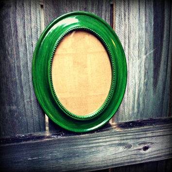 Upcycled Hand Painted Vibrant Green Oval Picture Frame 5x7 Wall Hanging Frame