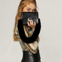 Faux fur snakeskin mini crossbody bag - Coats and Jackets | Stradivarius Spain - Islas Canarias