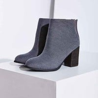 Ecote Canvas Ankle Boot