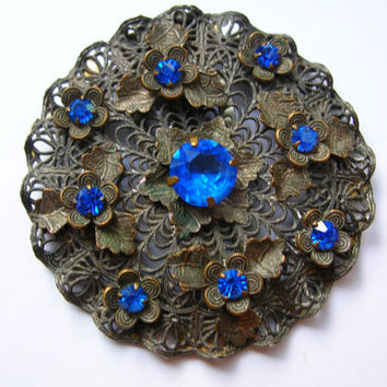 Antique filigree dress clip, ornate,victorian,art nouveau leaves,royal blue sapphire,shoe,fur,scarf, vintage jewelry