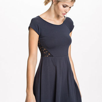 Magdalena Dress, Svea