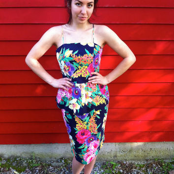 Floral Peplum Party Dress // Pinup Look // by HawkShopVintage