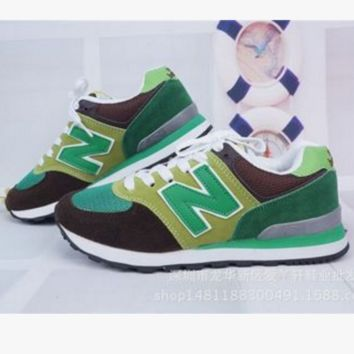 New balance abric is breathable n leisure sports Couples forrest gump running Grren