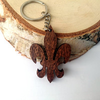 Wooden Lily Keychain, French Keychain, Fleur-de-lis Keychain, Walnut Wood, Friendly Green materials