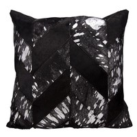 kathy ireland Metallic Chevron Black/Silver Throw Pillow (20-inch x 20-inch) by Nourison   Overstock.com Shopping - The Best Deals on Throw Pillows