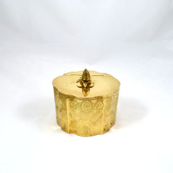 Vintage Brass Pineapple Box Hinged Pineapple Box Brass Pineapple Container Etched Scalloped Brass Box Hollywood Regency Box