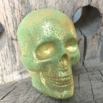 St. Patrick's Day Bath Bomb - St. Patty's Day - Irish Bath - Gold Skull Bath Bomb - Bath Fizzy - Lush Bath Bomb - Hand Made - TayTaysSoap