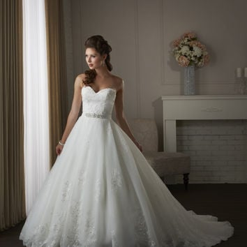 Bonny Classic 414 Strapless Lace Ball Gown Wedding Dress