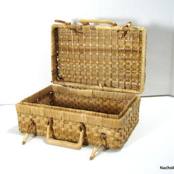 Vintage Wicker Purse or Briefcase, Charming Practicality