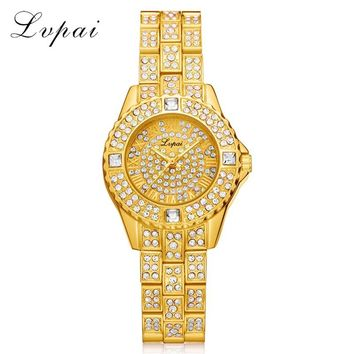 Lvpai Top Brand 2017 New Women Fashion Luxury Watch Gold Diamond Crystal Ladies Wristwatch Roman Numerals Quartz Watch LP200