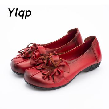 New Women Flats Genuine Leather Shoes Women Casual Loafers Flower Flat Heel Shoes Soft Outsole Handmade Flats Women