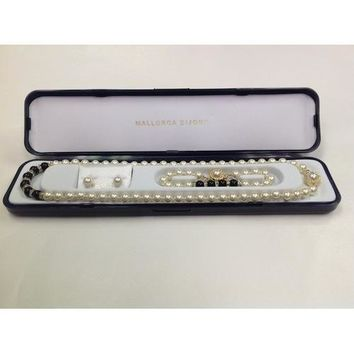 """Lead-free Glass Pearl 7mm Necklace(18""""), Bracelet and Earring Set with Crystal Rondelles and Black Colored Pearls in Center in Gift Box"""