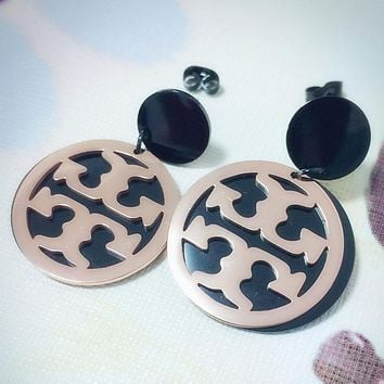 Tory burch fashionable temperament exaggerates the letter round card hanging drop ear nail female earring