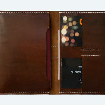 Leather bifold passport holder in brown (handmade slim travel wallet from full grain vegetable tanned leather)