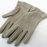 Vintage Wrist Length Tan Colored Cotton Ladies Gloves With Embroidered Design