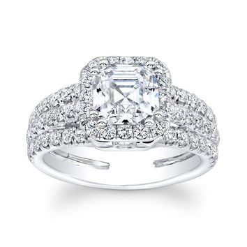 Ladies 18kt white gold diamond engagement ring 1.10 ctw G-VS2 diamonds with 1.50ct Princess Cut white sapphire center