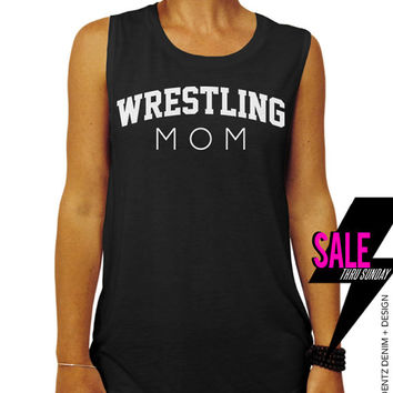 Wrestling Mom - Black Muscle Tee Tank T-shirt