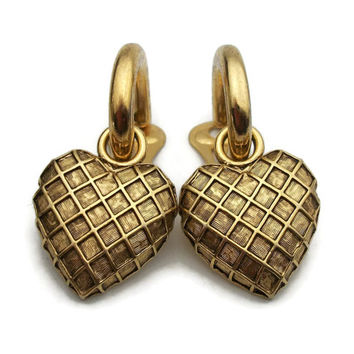 Textured Gold Tone Big Heart Doorknocker Clip On Earrings Vintage Bold Checkered Pattern Chunky Heart Charm Door Knocker Hoop Clip Earrings