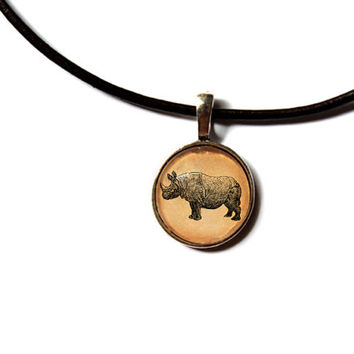 Rhino pendant African animal jewelry Antique style Vintage looking n88