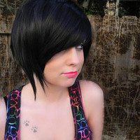 ON SALE / Edgy Goddess / Black / Short Straight A Line Wig
