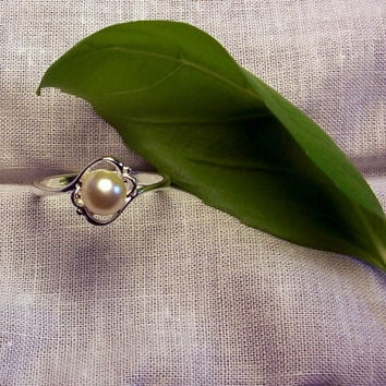 Pearl Ring Fresh Water Pearl Ring in a Sterling Silver Elegant Setting
