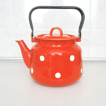 Vintage enamel kettle / red enamelled teapot / large red kettle / farmhouse metal kettle / polka dot soviet era enamelware / UNUSED / 3.7 qt