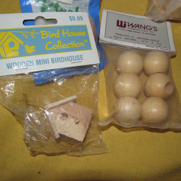 Large lot of wooden Craft Accessories!  Hearts/Eggs/Apples/Wood Parts/Beads/Small Bird house, Arts and Crafts, Wood Supplies