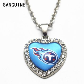 1pcs Heart Crystal Necklace Football Tennessee Titans Glass Pendant Necklace With 20 Inch Chains For Women Men Necklace Jewelry