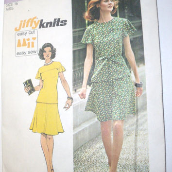 Vintage Simplicity Pattern Womens skirt pull over top size 16 jiffy knits easy cut easy sew uncut pattern