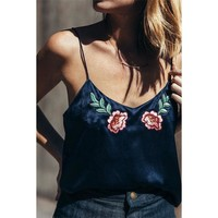 Fashion Backless Sleeveless Off Shoulder Flower Embroidery Vest Tank Top