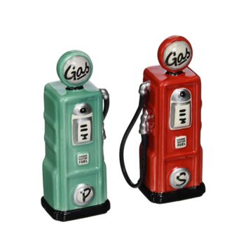 Retro Gas Pump Salt And Pepper Shaker Set