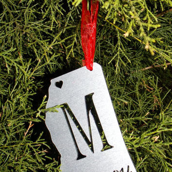 Personalized State ornament with single letter monogram