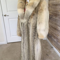 Vintage Coyote Fur Coat, Full Length Women's Coyote Fur Coat, Coyote Pelts for Recycle, Coyote Fur for Reuse